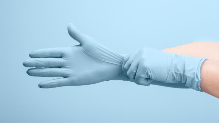 3 Major Types of Medical Gloves: Vinyl Gloves Benefits